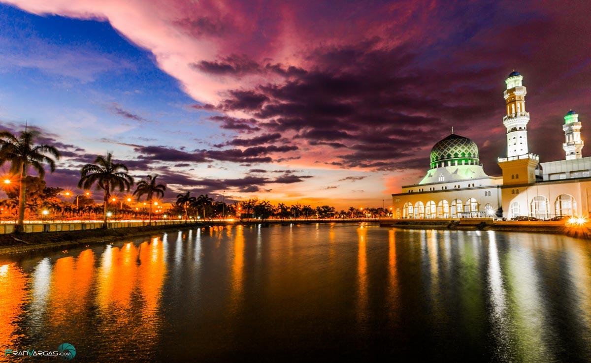 Mosque in Kota kinabalu… FranVargas.com